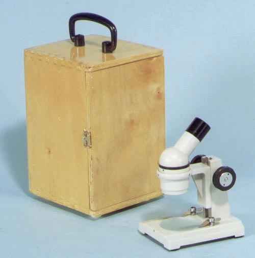 ST-100 Field Trip Microscope | Upright Image | 8.5mm Field of View