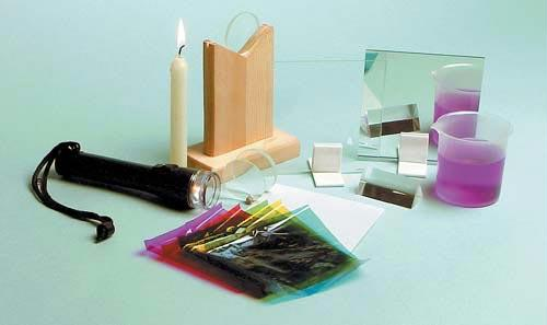 Optics Kit | Activity Book Included | 18 Piece Set