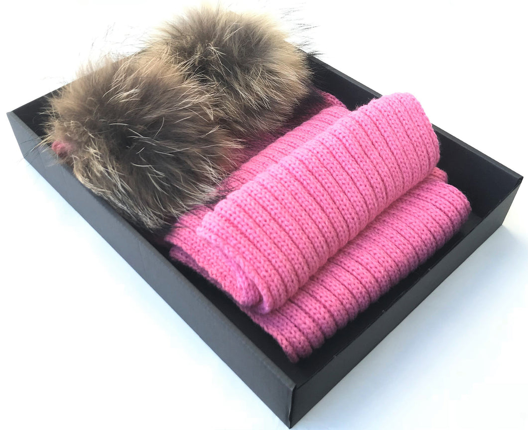 DARK PINK POM POM SCARF FOR CHILDREN