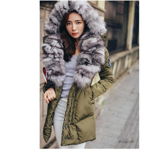 2017 New European style Fashion Real Fox Fur Coat Women Warm Winter Fur Coat Long Luxury Fur Coat Thick Female Jacket Mink Coat