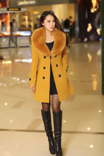 2017 Winter Women Double Breasted Big Fur Collar over Size thick girl casual Wool Coat Long yellow Jackets Parka Coats Outerwear