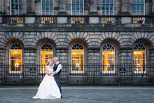 Edinburgh making the most perfect backdrop for our bride!