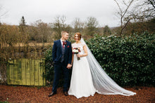 Gorgeous Autumnal Wedding Day!