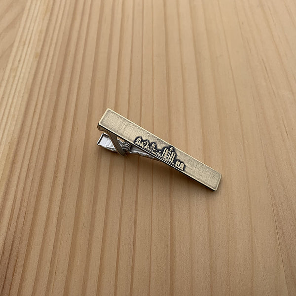 Detroit Michigan skyline tie clip