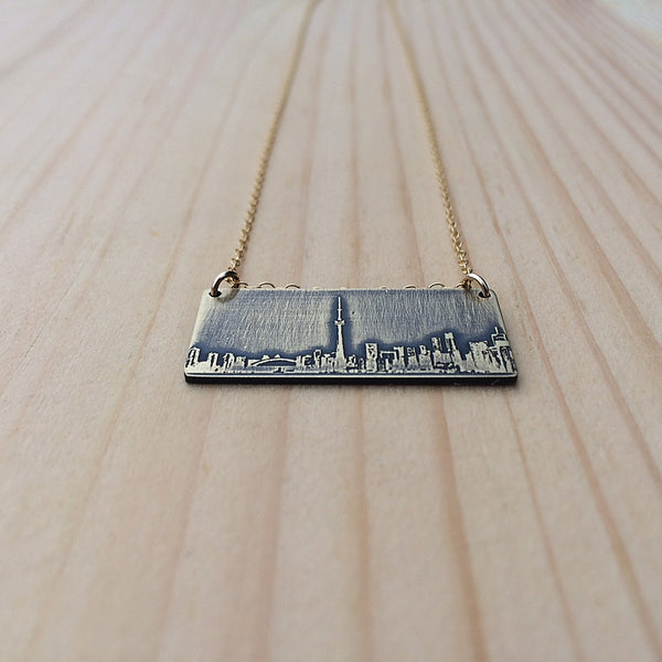 Toronto Ontario skyline necklace