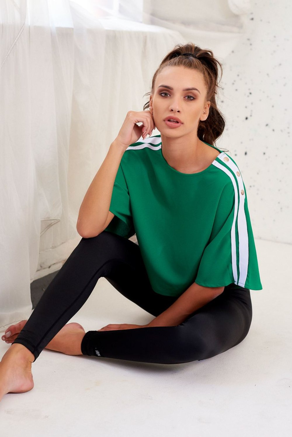 Crop Top with Contrast Sports Stripes