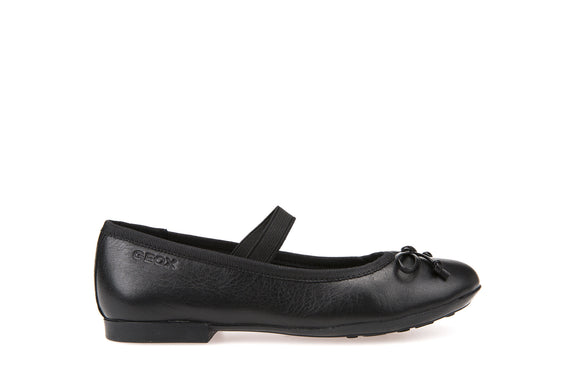 Plie Leather Pumps