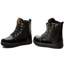 Black goretex ankle boot/lace-up & zip