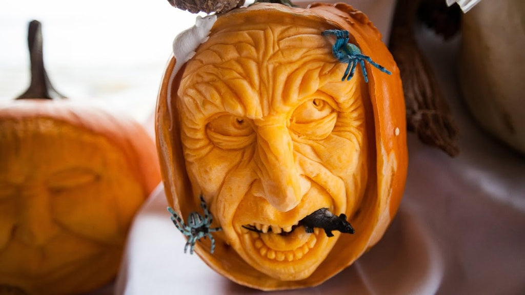 How to use a pumpkin carving kit step by step