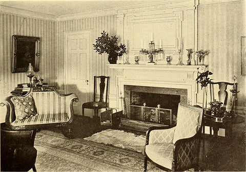 Room decorated in Colonia Revival style