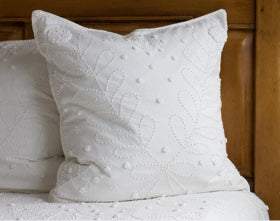 files/eurosham-bedding-pillow.jpg