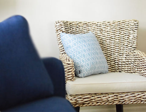 accent pillows and chairs