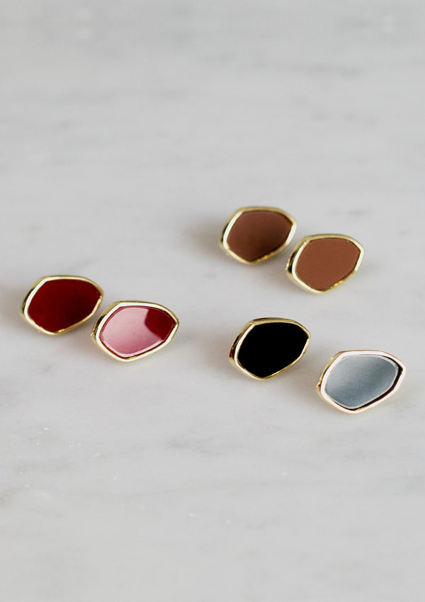 Color Stone Stud Earrings