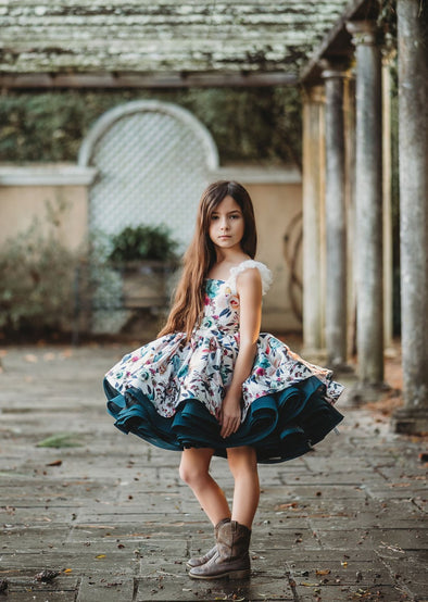 The Traveling Dress Project: The Lucia Shortie: Size 6, fits sizes 4-petite 8