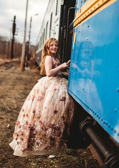 The Traveling Dress Project: The Isabella Gown: size 6, fits sizes 4-8