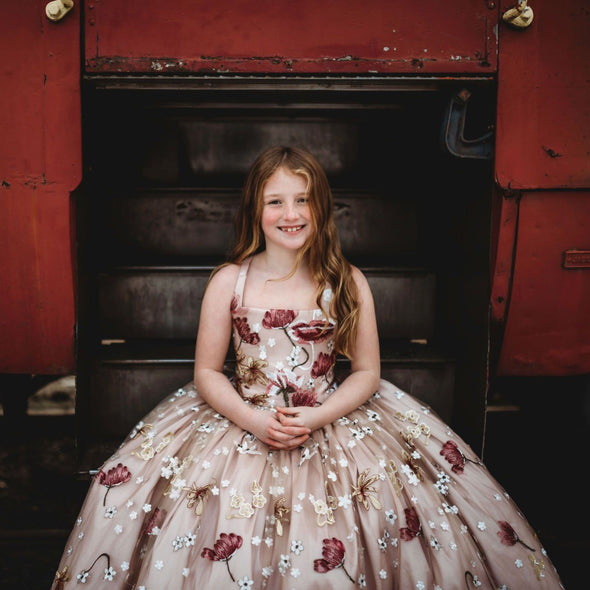 The Traveling Dress Project: The Isabella Gown: size 10, fits sizes 7-12
