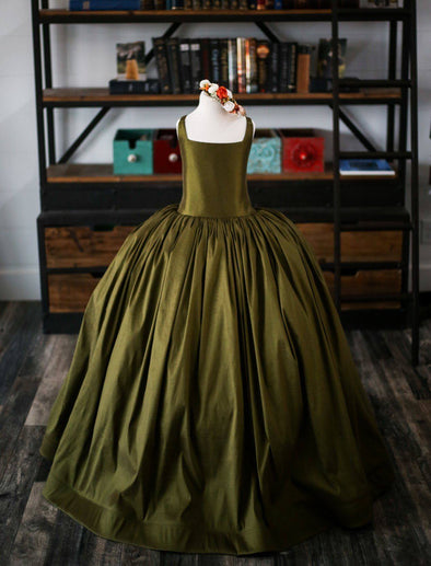 The Traveling Dress Project: The Hadley Gown in Olive - Size 10 - Headband included