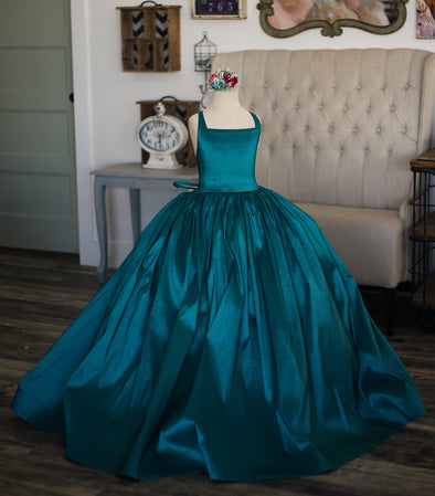 Traveling Rental Dress: The Hadley Gown in Jade: size 8, fits sizes 6-10