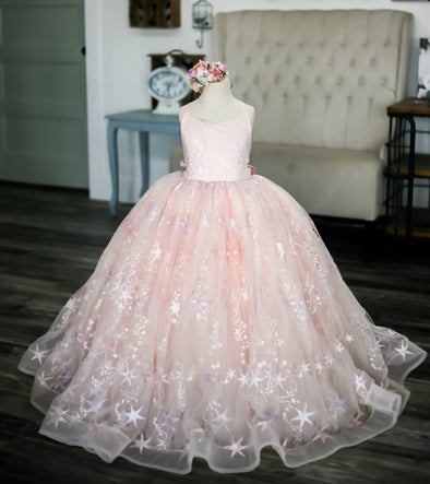 Traveling Rental Dress: Star Bright in Pale Pink: Size 6 full length, fits sizes 4-8