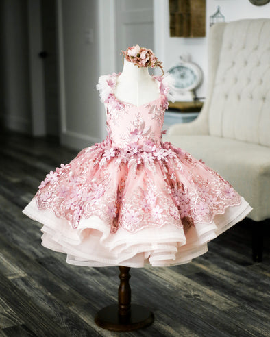The Traveling Dress Project: The Cosette Gown. Shortie Style: Size 12-24 months