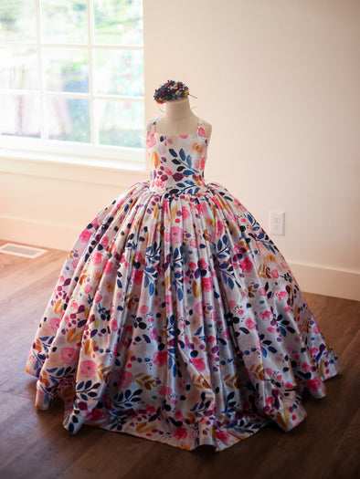 The Traveling Dress Project: The Lucy Gown: Size 8, fits sizes 6-10