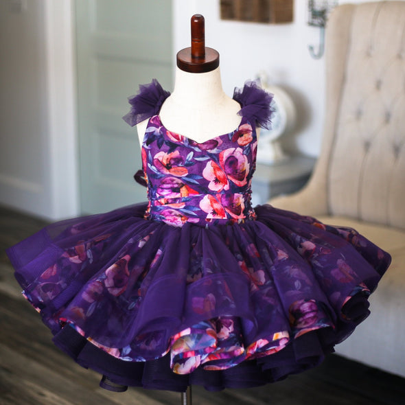 The Traveling Dress Project: The Hailey Shortie Gown: Size 4, fits sizes 2-slender 6
