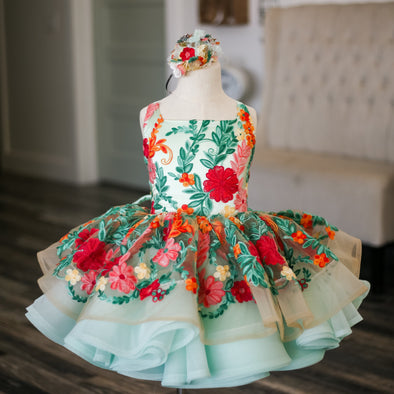 The Traveling Dress Project: The Mint Amelia Shortie Gown: Size 6 Shortie: fits sizes 4-8
