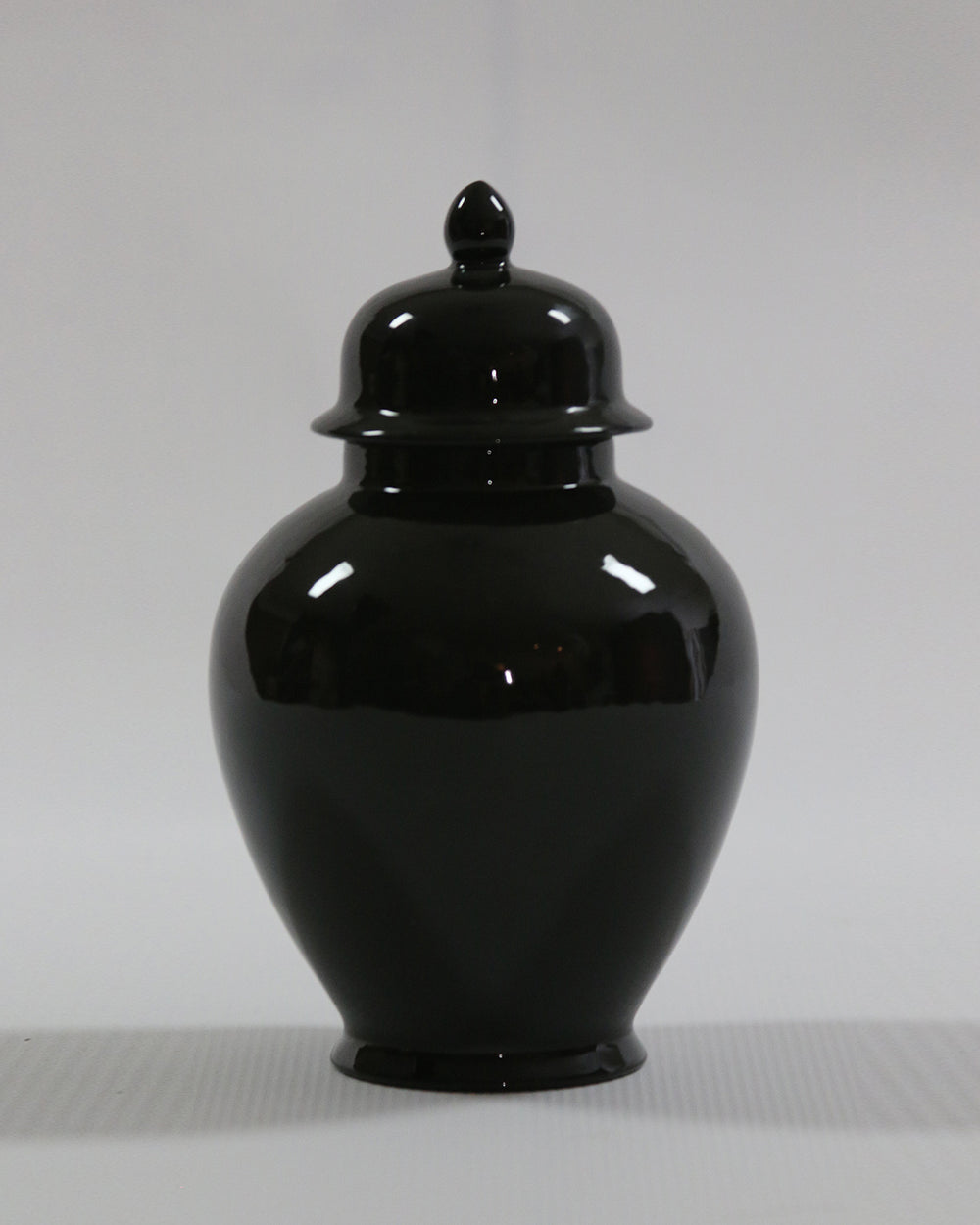 Hancrafted Ceramic Urn - Black - Medium