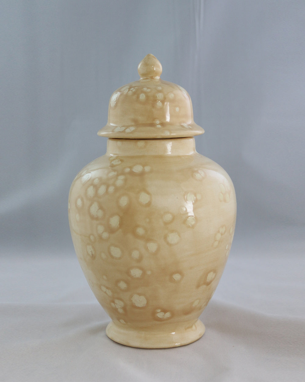 Hancrafted Ceramic Urn - Savannah - Large