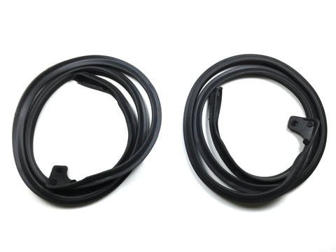 KD3052Jeep 1966-1973 Jeepster Commando Lower Door Seal Kit DS & PS - Weather Strip Depot