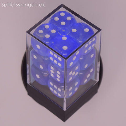 Borealis™ – 16mm d6 Blue Sky w/white Dice Block