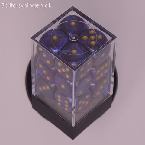 Scarab™ – 16mm d6 Royal Blue w/gold Dice Block