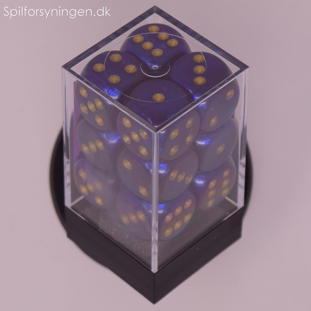 Borealis™ – 16mm d6 Royal Purple w/gold Dice Block