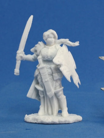 Reaper Bones - Trista, Female Warrior