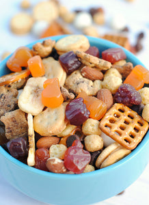 Homemade trail mix for your Bibago baby bib