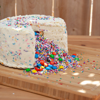 Daisys Sweet Surprise Cake