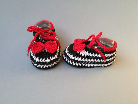 Crochet Pattern Baby shoes, newborn booties, moccasins