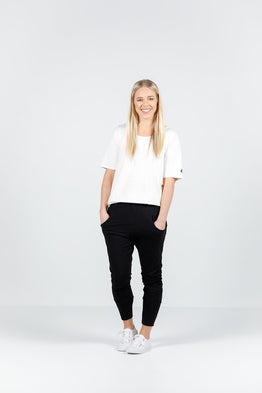 APARTMENT PANTS -BLACK w WHITE X PRINT