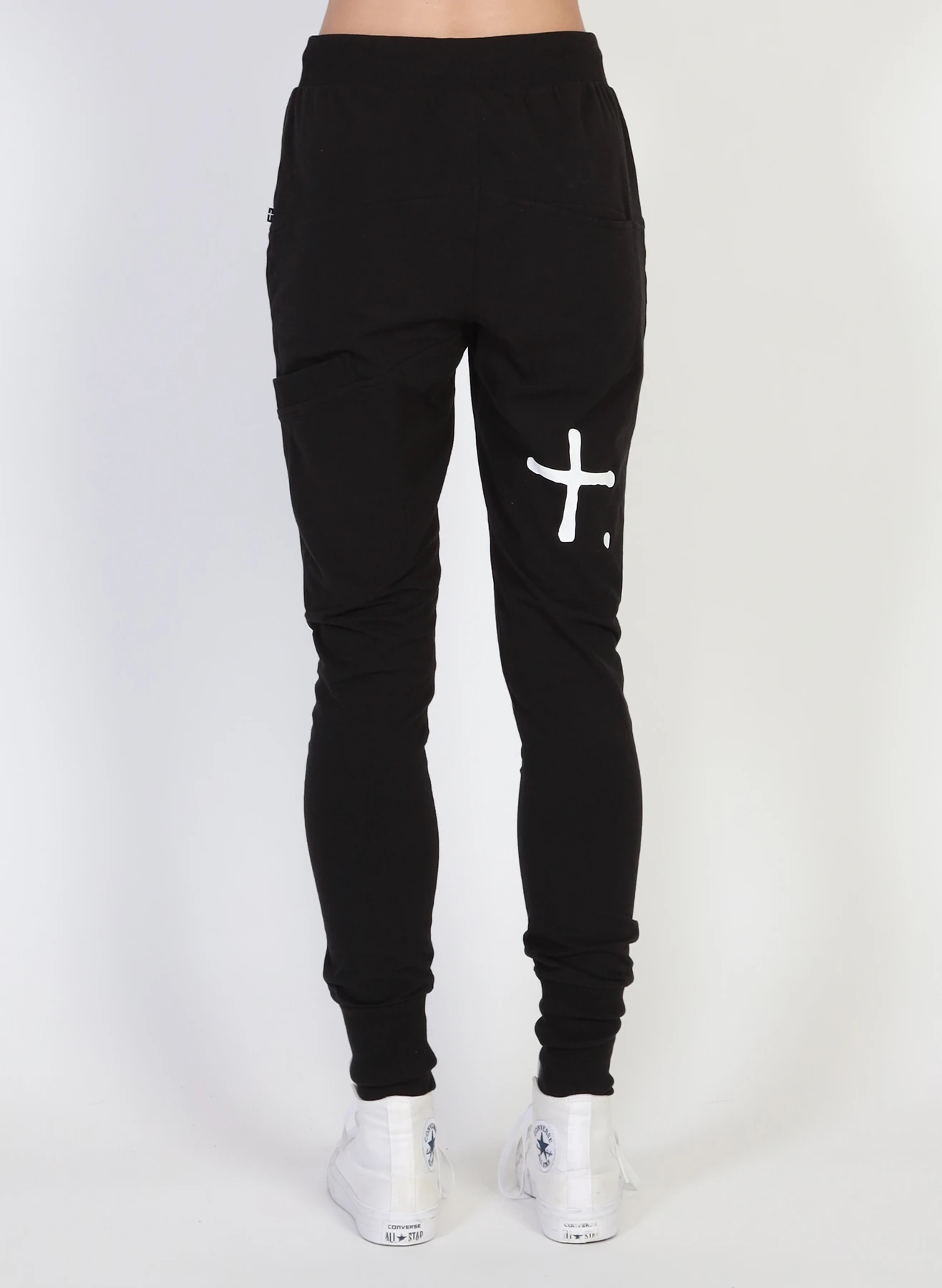 ESCAPE TRACKIES - +. WHITE PRINT