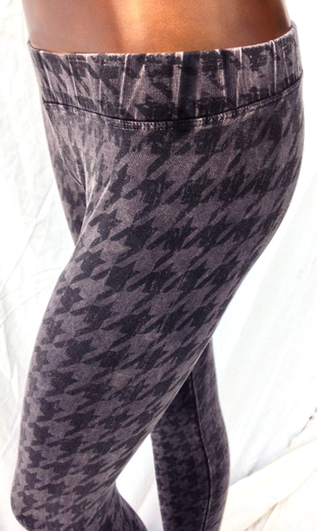 SWEET VIRTUES-Loyalty Hand Printed Houndstooth Cotton Spandex Legging