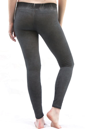 SWEET VIRTUES Women's -Aim True- Leggings with Tummy Control