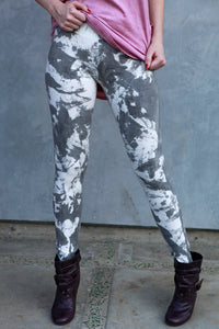 CLARITY TEXTURED WASH COTTON SPANDEX LEGGING