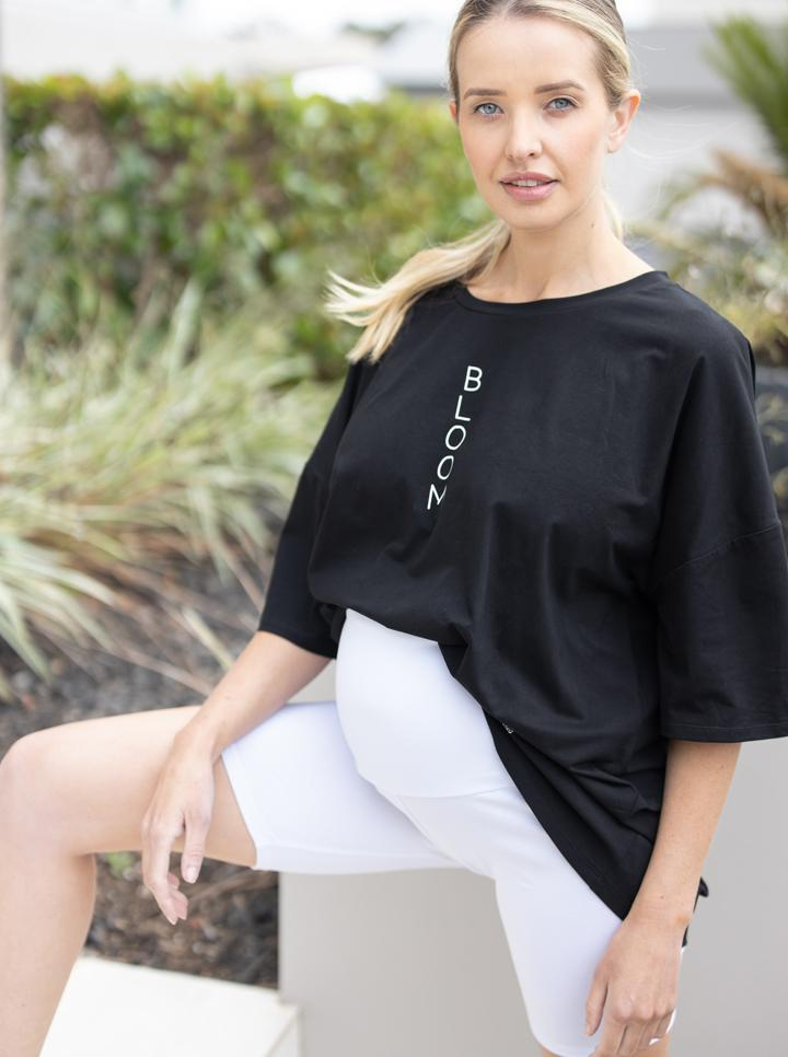Maternity Loose Fit Oversize Tee In Black