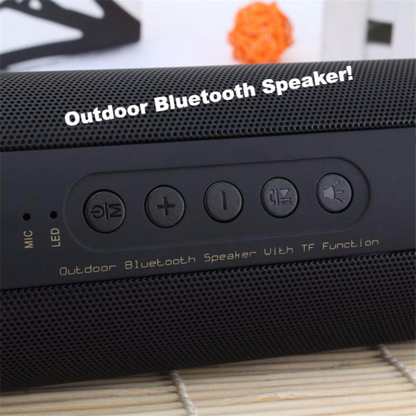 FEEL THE BASS! Outdoor Waterproof Super Bass / Powerful / Mini Bluetooth Speaker / WITH FLASHLIGHT / Portable & Wireless!