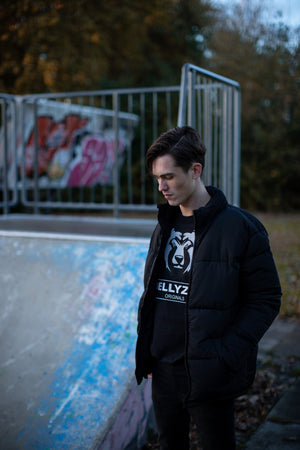 BEAR BLACK SWEATER