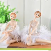 Ballet dancer figurine