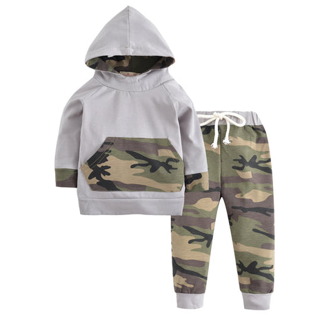 Camouflage Long Sleeve Hooded Tops and Army Trousers Set