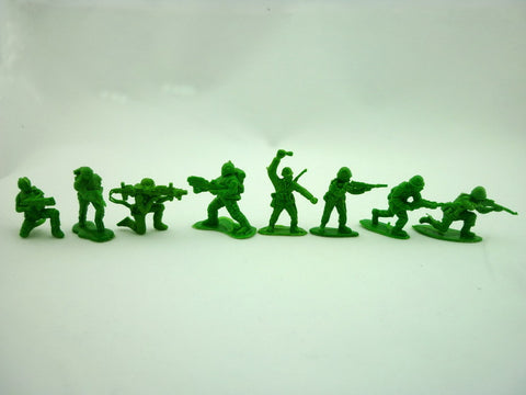 Mini Green Army Men Figures 8 styles 200pcs/lot Random
