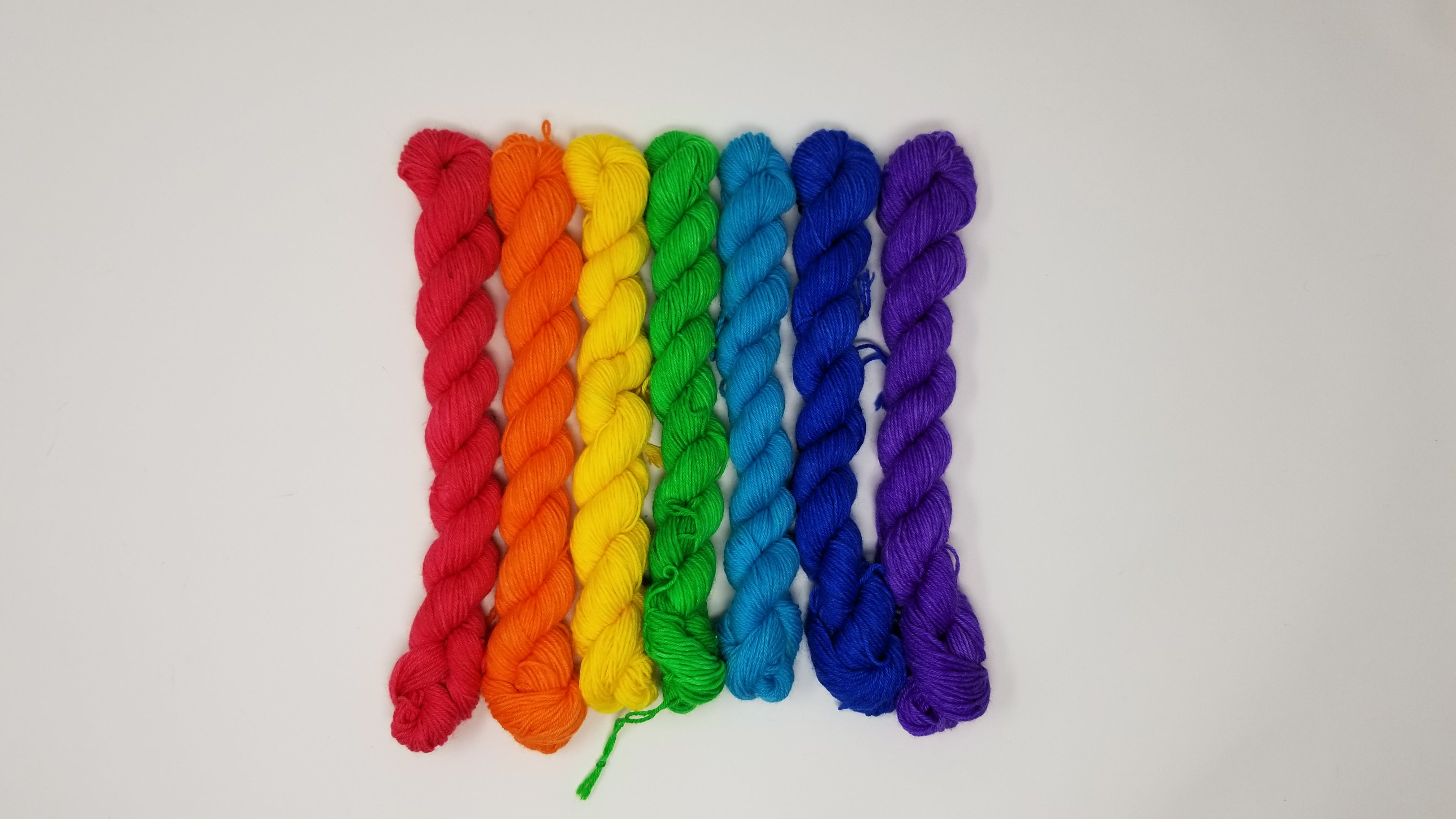f90ca4b0451 ... Rainbow ROYGBIV mini set of 7 solid colored skeins - Hand dyed yarn -  SW Merino ...