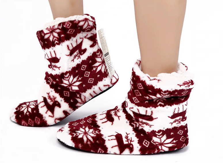 comfy clothes canada, cozy slippers, boot slippers, winter boot slippers, winter slippers 2018, fashion slippers, chic slippers, anxiety store, online anxiety store,